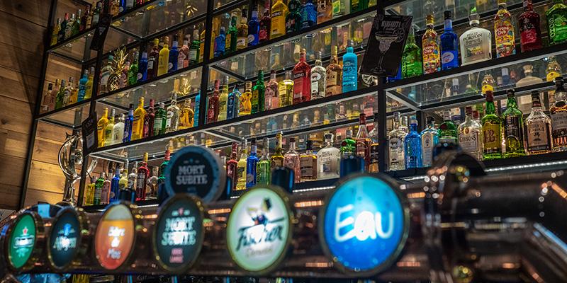 Le bar & café du Globe Café à Saint-Nazaire